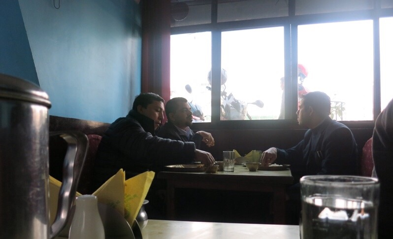 カトマンズの食堂2