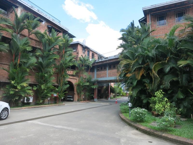 サロヴァラムホテル