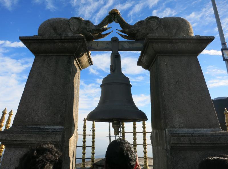 スリーパーダ日の出の鐘
