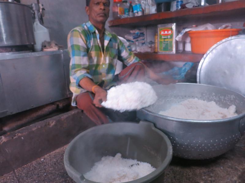米炊きあがり