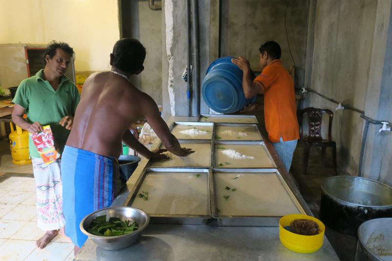 スリランカの炊飯