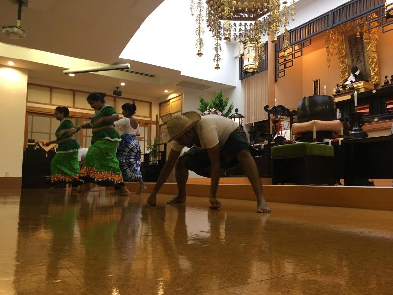 スリランカ舞踊03