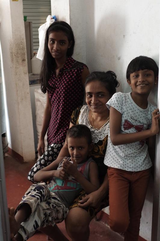 Jayaさんの家族