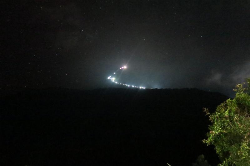 022夜の山